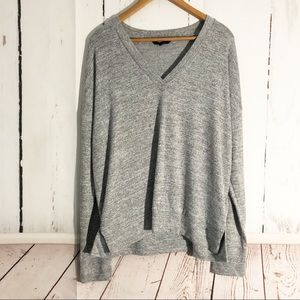 Banana Republic • Super Soft V Neck Pullover